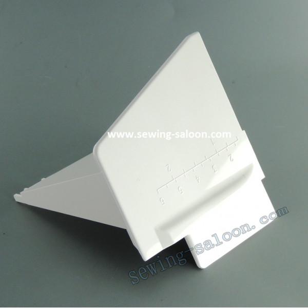 Распошивальный столик коверлока Janome 1200D